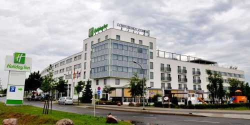 rami-trockenbau-holiday-inn-04